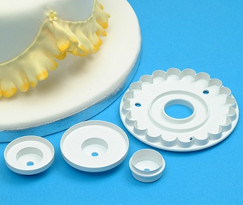 Frill Cutter Cake Decorating