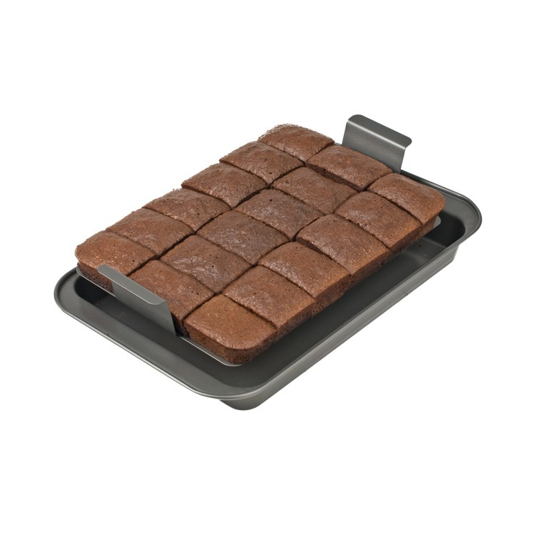 Slice Solutions Brownie Pan