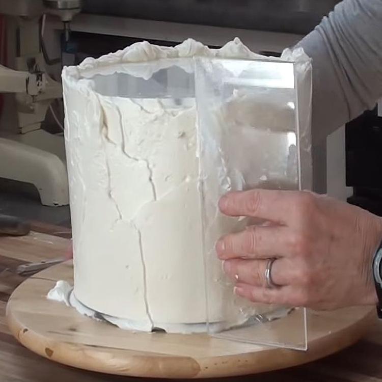 How To Make Frosting Of A Cake