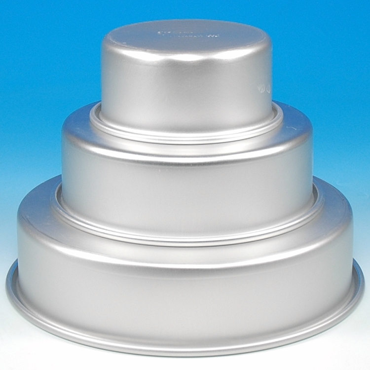 Wilton Easy Layers Quot Tiered Trio Quot Round Pan Set