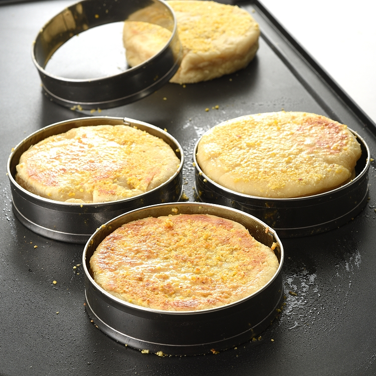 bobotron Double Rolled Tart Rings English Muffin Rings Professional Crumpet Rings Set of 4
