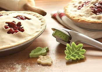 PIE DECORATING KIT